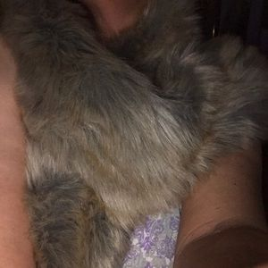 A new day furry shoulder wrap